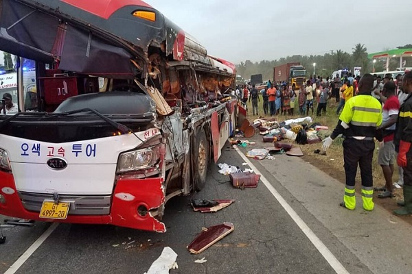 10-dead-80-injured-in-an-accident-involving-two-buses-and-cargo-truck-on-kyekyewere-accra-kumasi-road